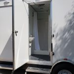 wide view trailer shower stall